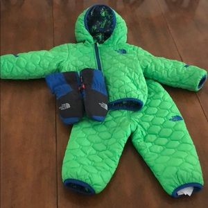 Baby boys The North Face set Jacket Pants Mittens
